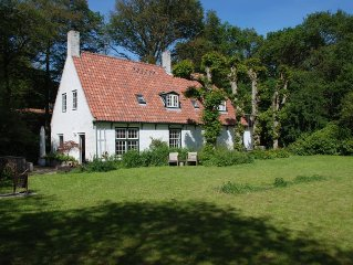 nearby the beach, beautiful cottage in Bergen for 7 persons at forest side