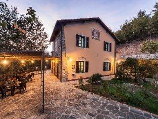 Schönes Bauernhaus mit privatem Pool, 7 Schlafzimmer, 15 Pers, WiFi, Klima, Ruhe