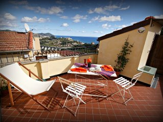 Poggi (IM)- Apartment  with terrace and wonderful sea views