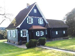 Freistehendes Haus in unmittelbarer Waldnähe