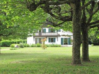 Ferienwohnung auf grosszugigem Anwesen am Genfer See mit viel Privatsphare