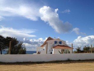 Villa direkt am Meer! Freistehendes Strandhaus mit Panoramablick!