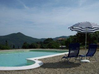 Rustico auf dem Land,1,6h großes Grundstück mit Schwimmbad, Weinberg und Oliven