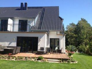 5***** DTV,  Stilvoll, luxurios, Ferienhaus in Top Lage 1. Reihe Strand,