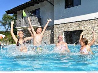Wunderschöne neue Ferienwohnung  fur 2-7 personen. 4 Edelweiss