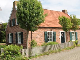 Romantic thatched house on the East Frisian coast