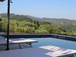 Wunderschoenes Natursteinhaus mit Pool mitten im Olivenhain
