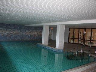 3* Fewo in ruhiger Lage von Travemunde, Schwimmbad + Sauna im Haus, WLAN, Balkon