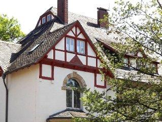 4 Sterne Villenwohnung (84 m2) in zentralen Lage Quedlinburgs mit Garten u. WLAN