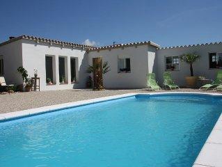 Wunderschones und modernes Ferienhaus mit tollem Pool