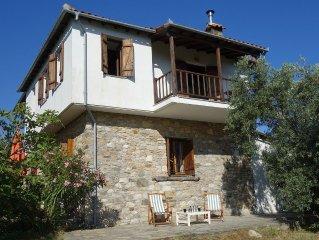 Liebevoll ausgebautes Steinhaus oberhalb von Potistika