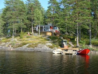 House on lake property with private jetty INCL. Motorboat and hot tub !!!