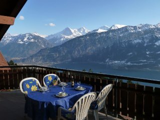 House Alpine Traumli: Wonderful views of the lake and mountains