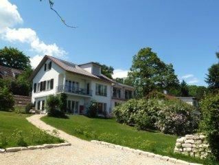 Ferienhaus mit großen Garten in Seenähe