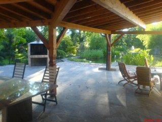 Pool... Sauna...40C Whirlpool..alles zur alleinigen Nutzung auf Privatanwesen