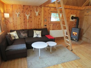 Quaint chalet at 1700m with infra-red sauna, directly in the ski and hiking reg