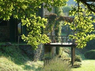 Liebevoll restauriertes Bauerhaus in exklusiver Lage mit schönem Privatpool