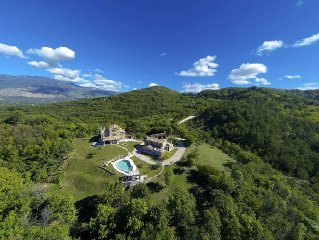 Magnificent Property on 20.000m2-Luxurious 2 villas for 15 people in Istria