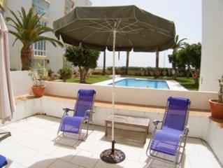 Apartment mit Garten und Pool direkt am Sandstrand in Nerja