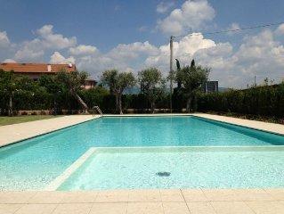 Moderne Ferienwohnung in wunderschoner Wohnanlage mit Pool bei Bardolino