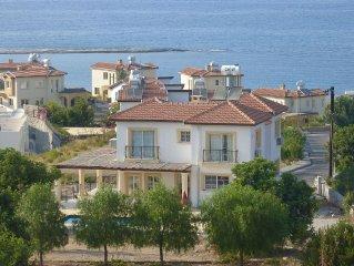 Extravagante Villa in Nordzypern mit atemberaubenden Meerblick.