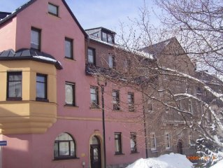 Large children especially. Apartment, 100m from the ski lift and 5 minutes from