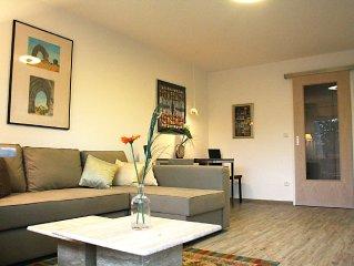 modern eingerichtetes, komfortables Appartement mit Berg-Panoramablick