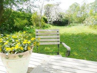 3 Zi. -Fewo, ruhig,  hell und schon, mit Garten, Carport und eigenem Eingang