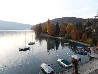 Tres Bel Appartement,confortable,vue Magnifique Sur Le Lac ,montagne Et Chateau