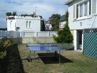 Deauville centre Belle maison au calme avec jardin