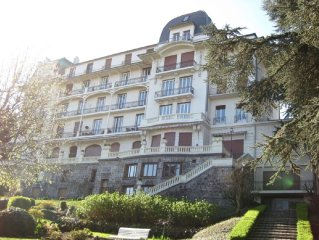T3 apartment in prestigious building, Evian les Bains, downtown