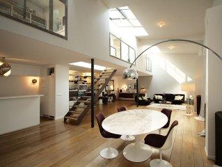 grand loft dans Paris dans cour privée, très lumineux