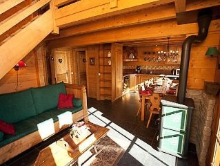 This is a lovely, south facing, 4 star chalet with Wi-Fi located in La Clusaz