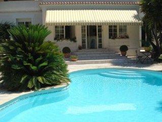 Villa grand standing avec piscine, proche Croisette et plage, 6 personnes
