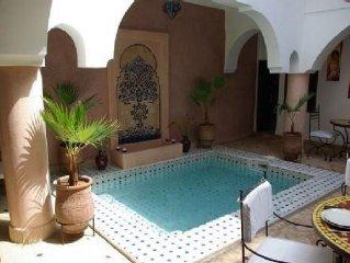 Riad Ailen, veritable Riad situe dans la Medina de Marrakech avec piscine patio