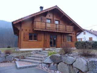 TRES BEAU CHALET avec terrasse et garage vue sur la montagne et ENTRE DEUX LACS