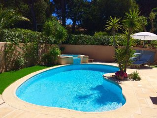 Beautiful Provencal style villa, pool and jacuzzi