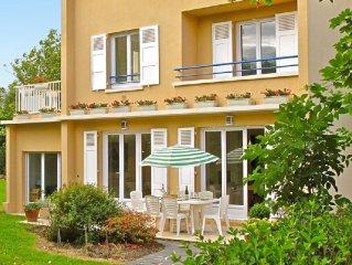 Villa 6 personnes avec jardin clos a 50 m de la plage. Villers sur Mer