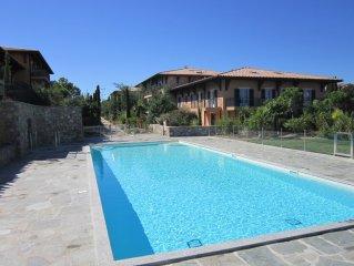 Appartement recent dans residence avec piscine- La Croix Valmer