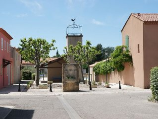 villa Maussane deux chambres dans résidence familiale avec piscine, jardin, park