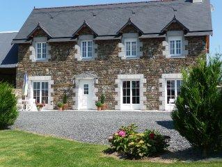 Normandie (Manche) GITE de CHARME 160 m2 spacieux, confortable, jardin clos