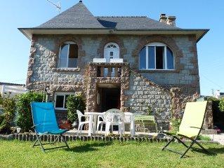 à 100 m du Port de Ploumanac'h, agréable maison en pierre
