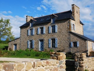 Maison de famille, charme et grand confort, entre Saint Malo et Mont St Michel.