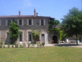 Belle demeure familiale du XVeme en Cevennes meridionales (I.M.H.)