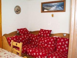 A 7 KM DE LA CLUSAZ a Manigod Coquet appartement dans petit immeuble haut savoya