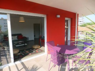 Port Marianne, proche centre ville, 2 chambres, terrasse, parking inclus. Wifi