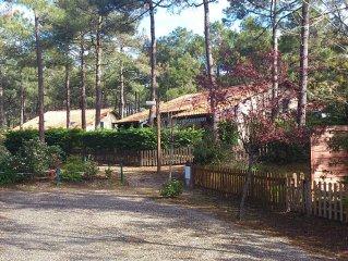 Maison de vacances dans les pins, calme et tranquilité, proche plages