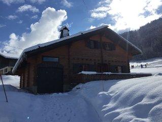 3 stars Chalet sleeps 8-10 on skis 5 min walk central station 4 pkg