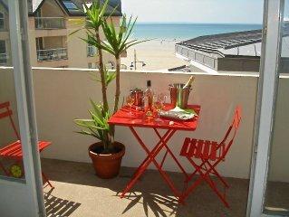 Appartement de charme face à la  mer (wifi illimité)