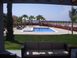 Villa a la campagne pour 8 personnes avec piscine privee pres de la mer